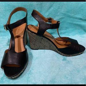 Torrid size 9W Wedge Sandals